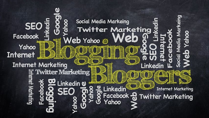 Infographic showing elements related to blogging/ SEO, search engines, link to social media