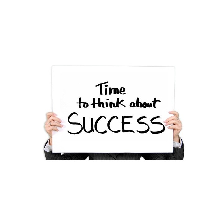 Sign telling about success for course creators